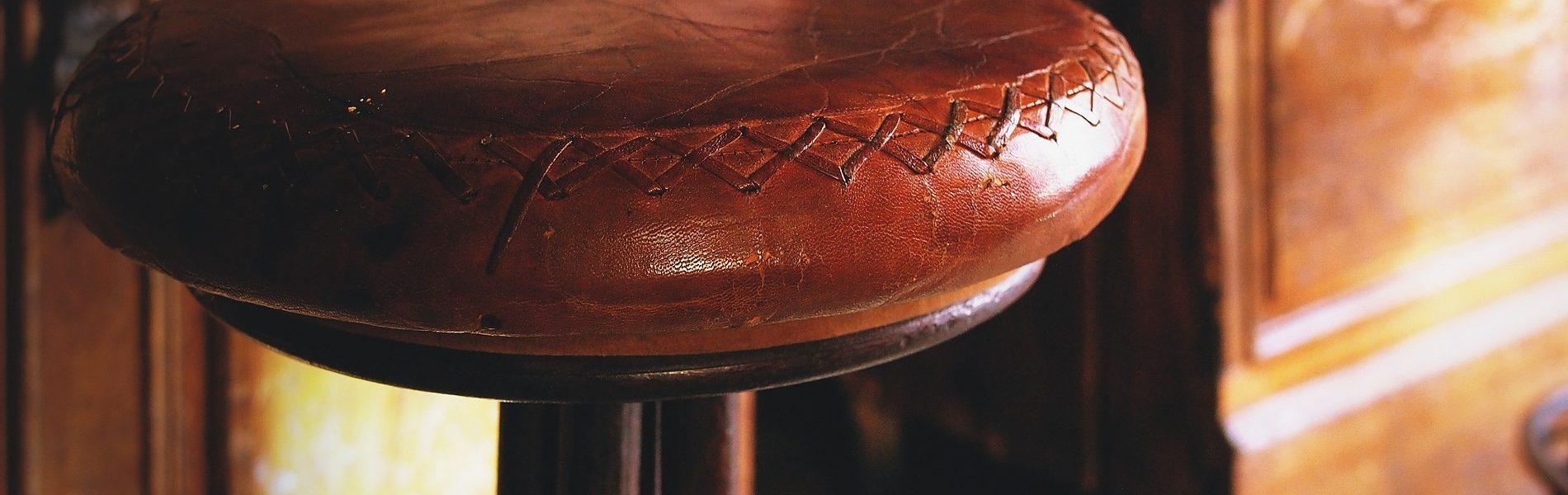 Wir verstehen Leder & Stoff